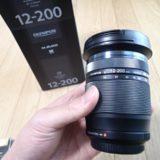 オリンパスM.ZUIKO12-200mm買いました